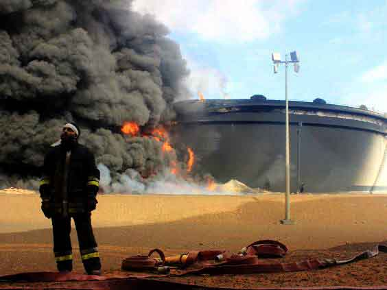 000libya-fire22